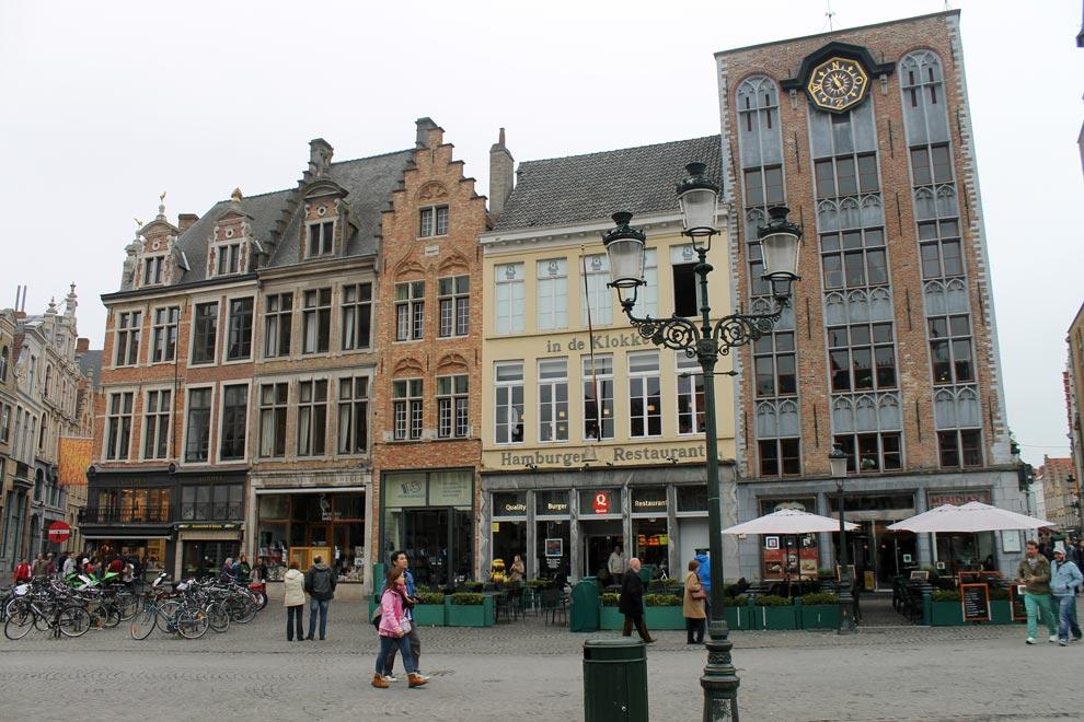 Брюгге. Grote Markt (Рыночная площадь)