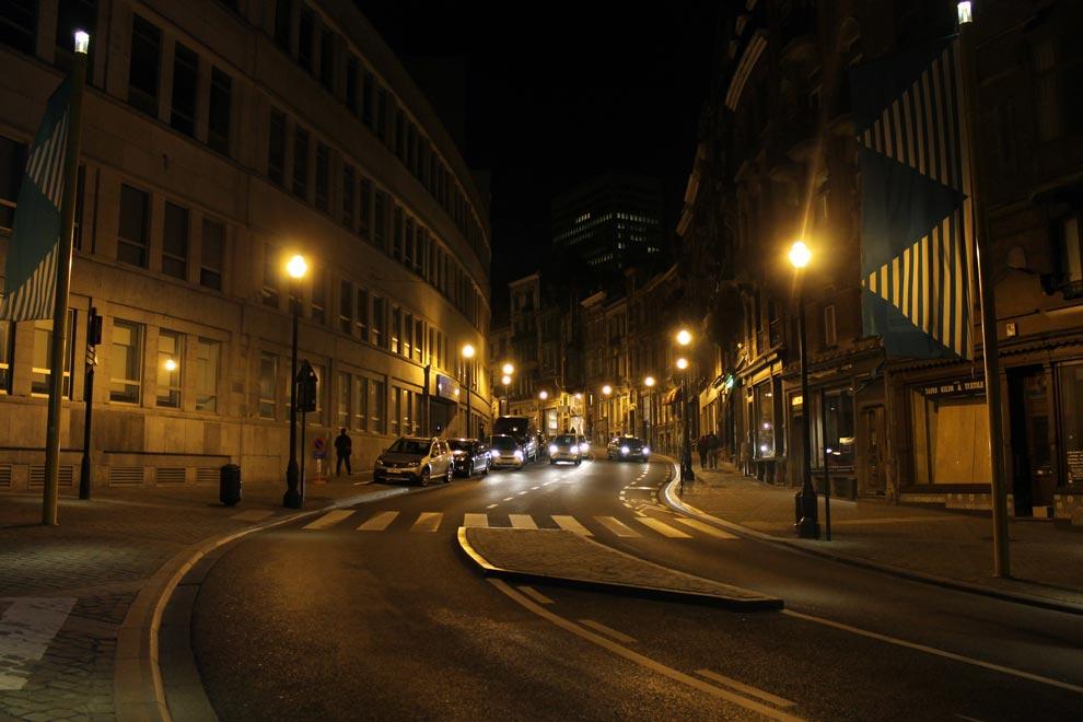 Брюссель. Далеко бежит дорога