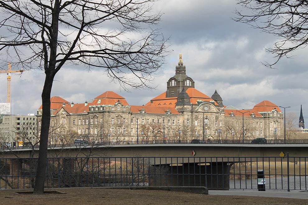Дрезден. Вид на Эльбу