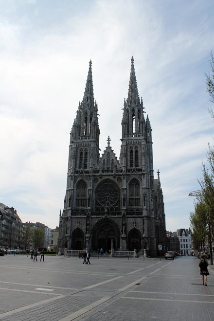 Остенде. Петропавловская церковь (Sint-Petrus-en-Pauluskerk)