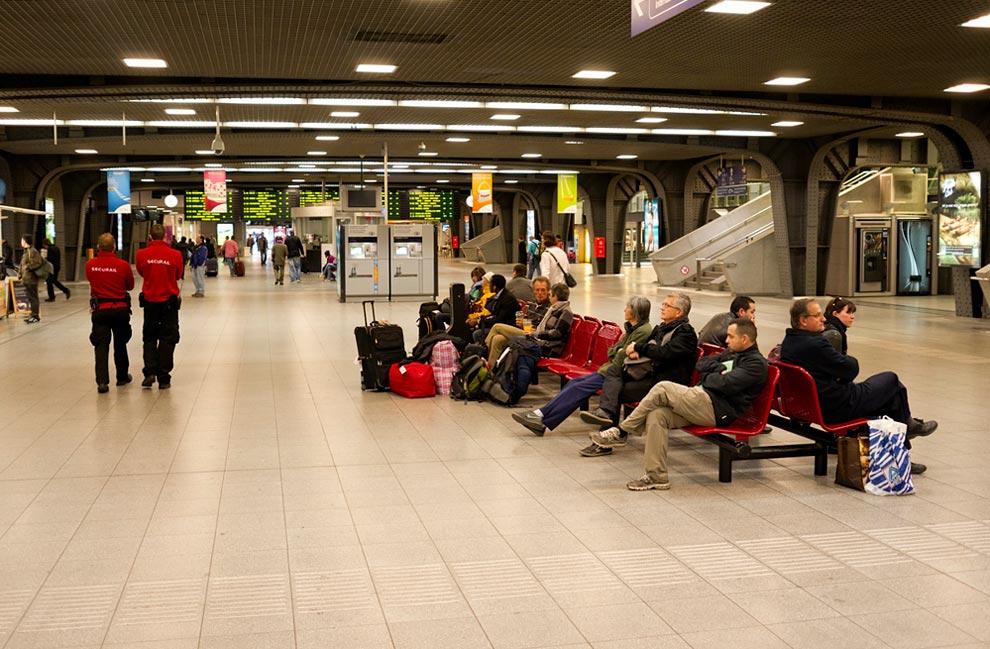 Брюссель. Внутри вокзала Миди (Midi)