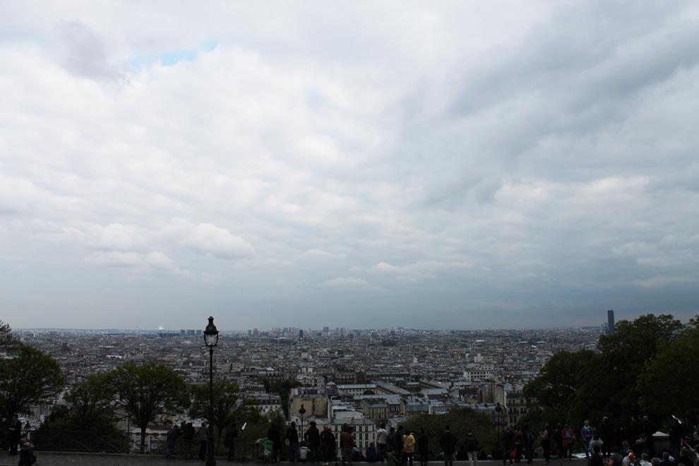 Париж. Монмартр. Вид на Париж