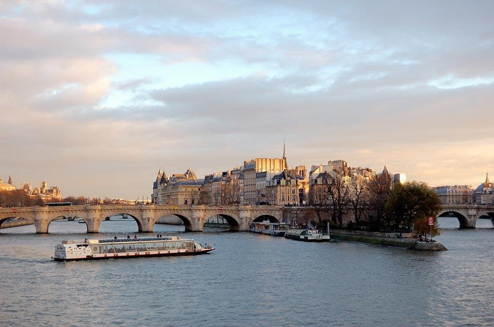 Париж. Остров Сите