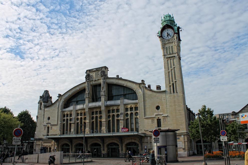 Здание вокзала в Руане