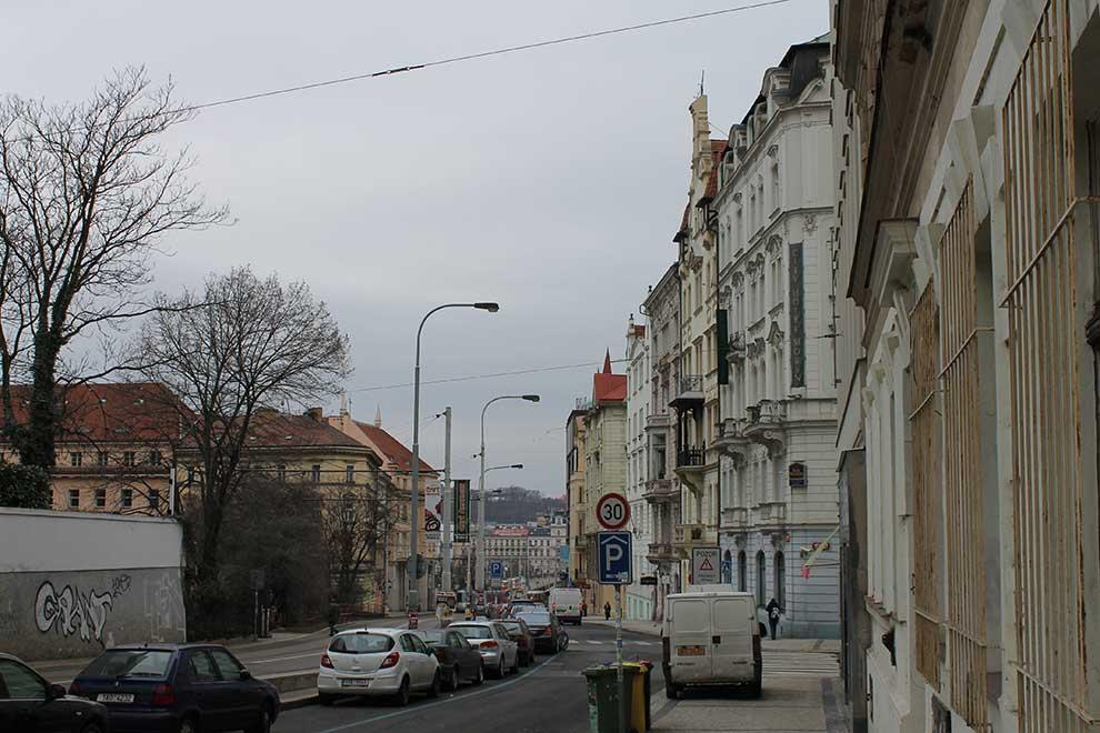 Прага. Обычные дома обычного города