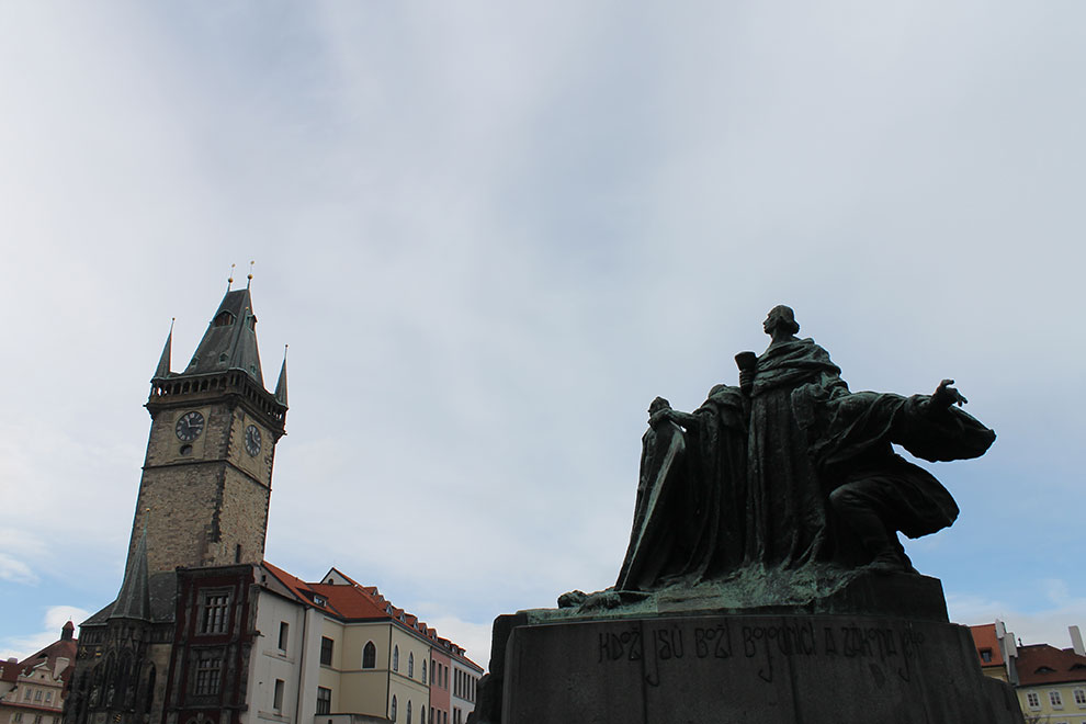 Прага. Памятник Яну Гусу