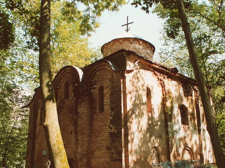Россия. Церковь Петра и Павла на Синичьей горе