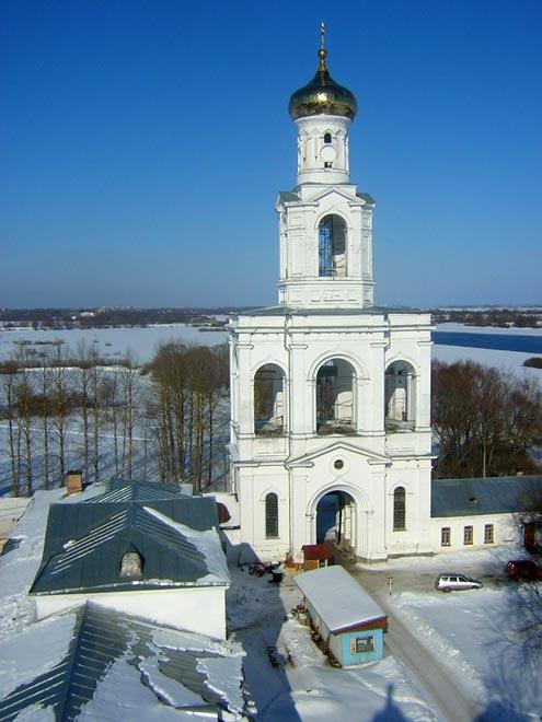 Россия. Свято-Юрьев монастырь. Колокольня