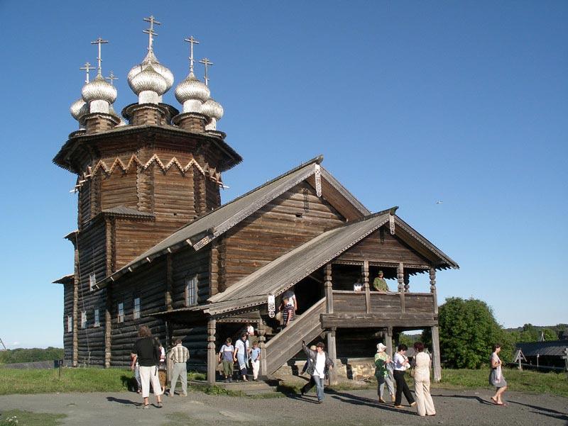 Россия. Кижский погост. Церковь Покрова Богородицы