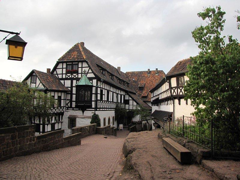 Территория внутри замка Вартбург. Германия