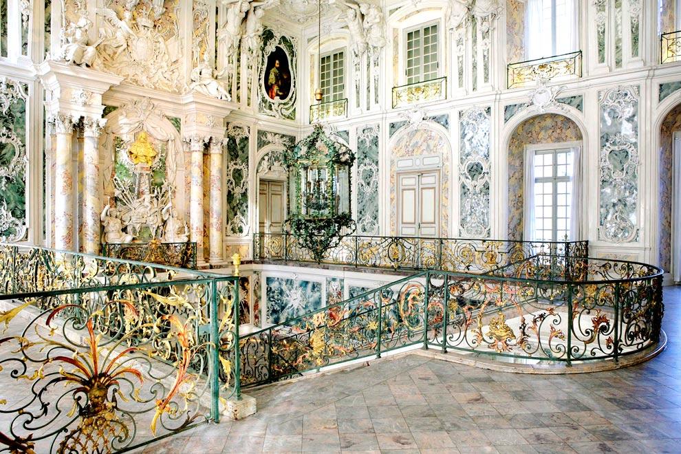 Лестница в дворце Аугустусбург