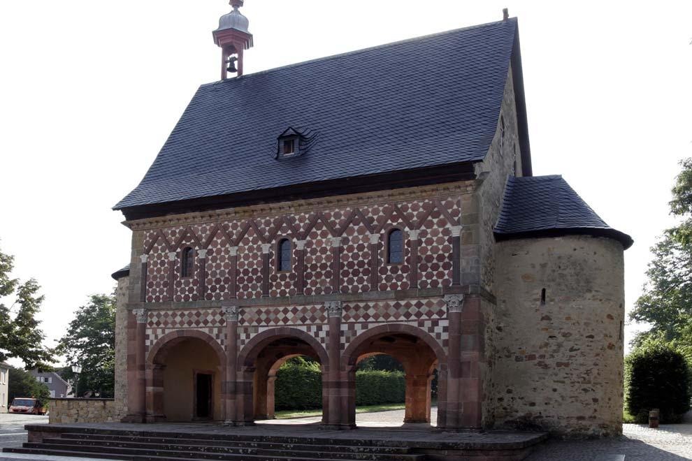 Надвратная капелла Лоршского монастыря