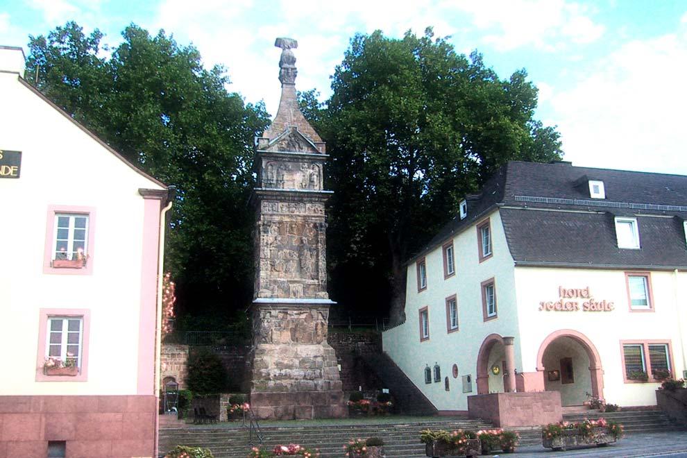 Игельская колонна в Трире